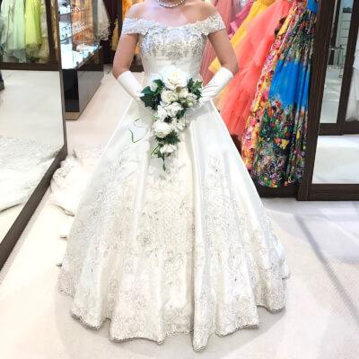 ハートネルロンドンのドレス正面