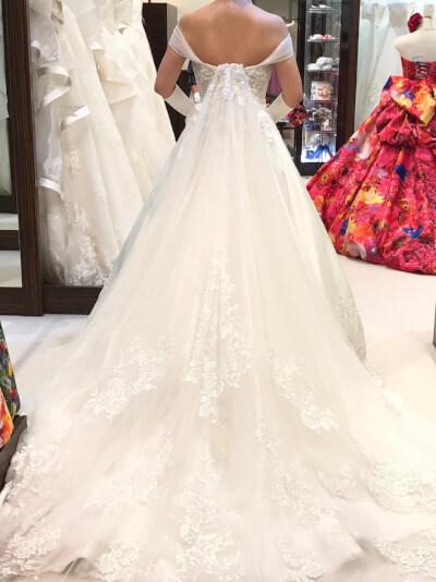 ハートネルロンドンのドレス後ろ2