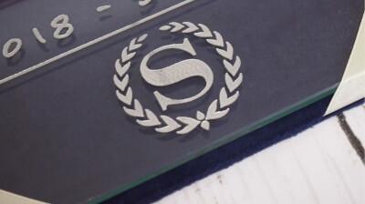 シェラトンのロゴ