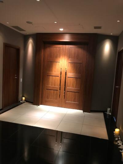 インターコンチネンタル東京ベイのチャペル扉
