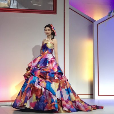 ミカニナガワのドレス